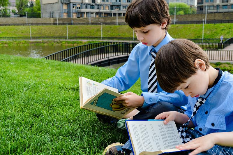 Практичні поради, як привчити дитину до книг